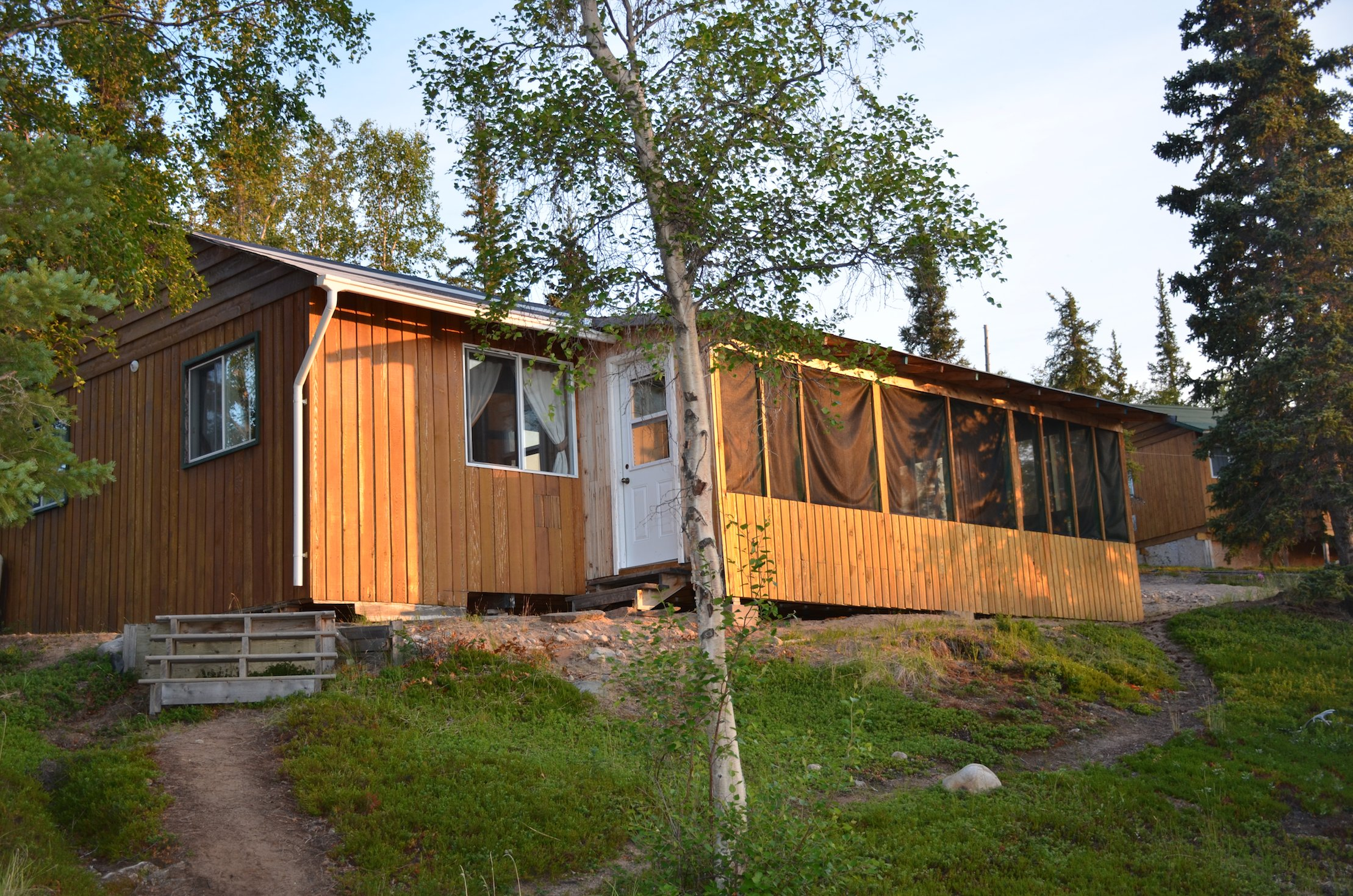 Canada fishing vacation packages cabins for Vacation cabin kits